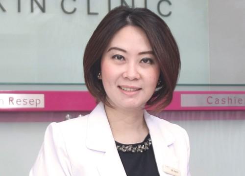 dr. <strong>Leni Kumalasari</strong>