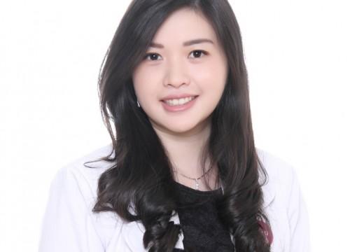 dr. <strong>Yolanda Ongkowijoyo</strong>